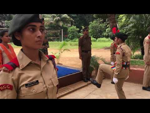 Sathaye college NCC 8 Mah girl bn CO visit