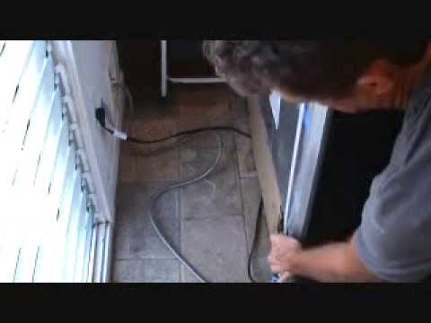 How to fix a leaking refrigerator ice maker water line...Part 1