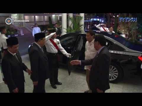 Arrival at Istana Edinburg, Brunei Darussalam 10/16/2016