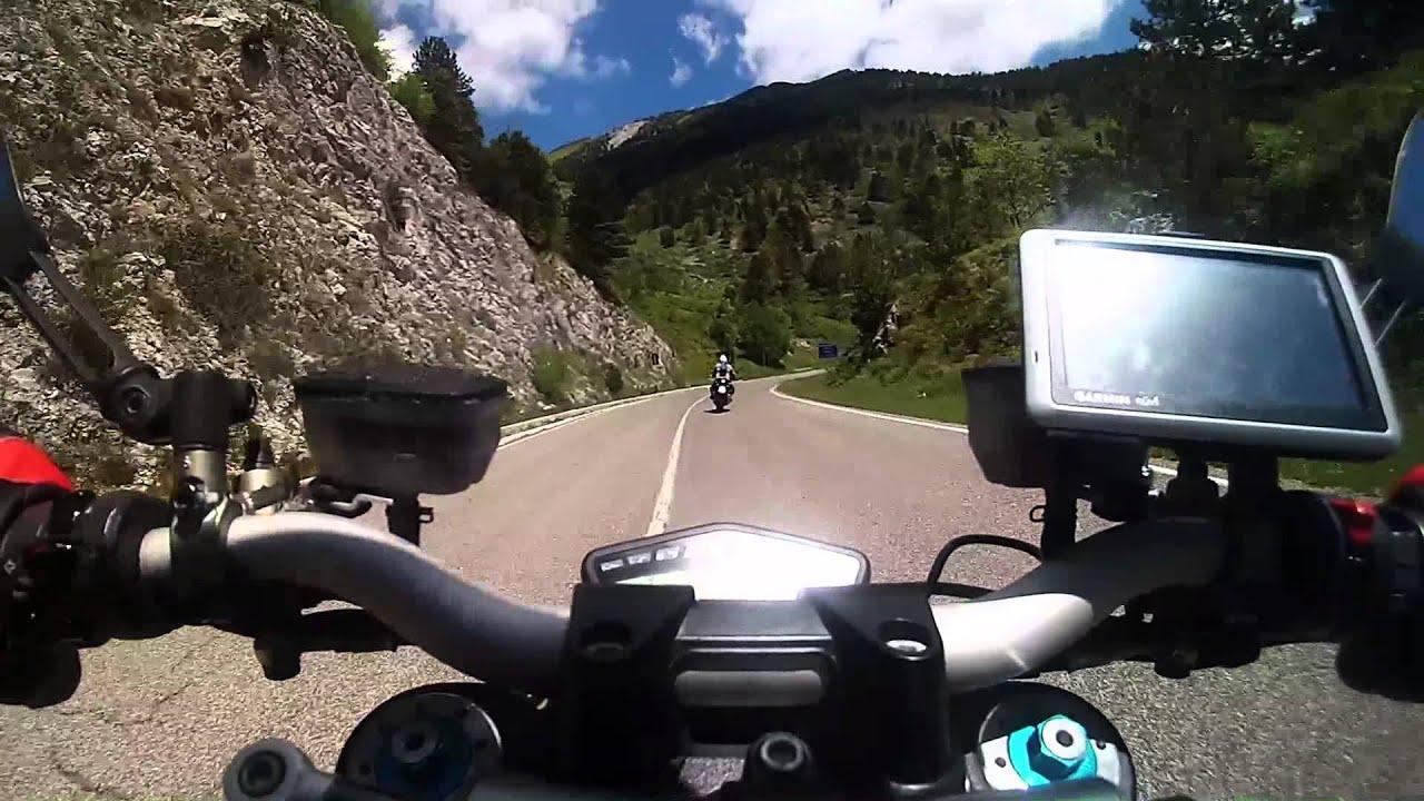 Ducati Streetfighter 1098s Segue Bmw K1300r Zorba Team Youtube