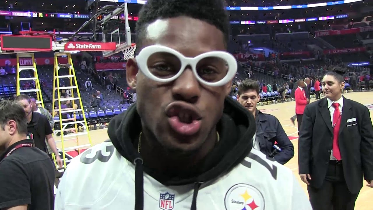 1b61261d4 Pittsburgh Steeler JuJu Smith-Schuster on the road recruiting LeBron James
