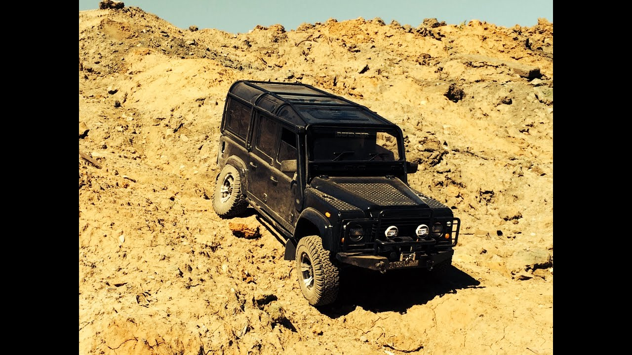 rc car rc offroad rc land rover defender 110 in mud youtube. Black Bedroom Furniture Sets. Home Design Ideas