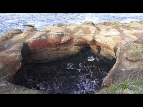 ♥♥ Relaxing  Video of Ocean Waves At Devils Punch Bowl
