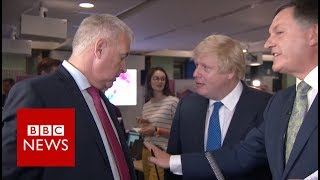 Boris Johnson vs Ian Lavery: 'You pointed in my face' BBC News thumbnail
