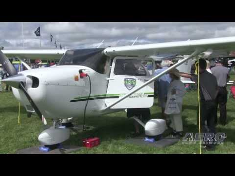 Aero-TV: Cessna Aircraft Company - Updates From AirVenture 2013