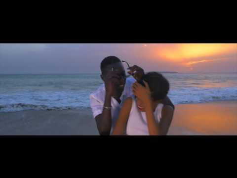 NGAAKA BLINDE - NEEMA WAAW (clip officiel)
