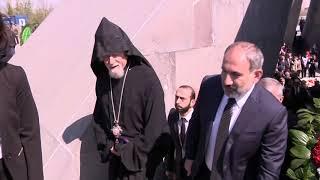 Վարչապետը Ծիծեռնակաբերդում հարգանքի տուրք է մատուցել Հայոց ցեղասպանության զոհերի հիշատակին