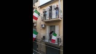 Corona in Italy - National anthem
