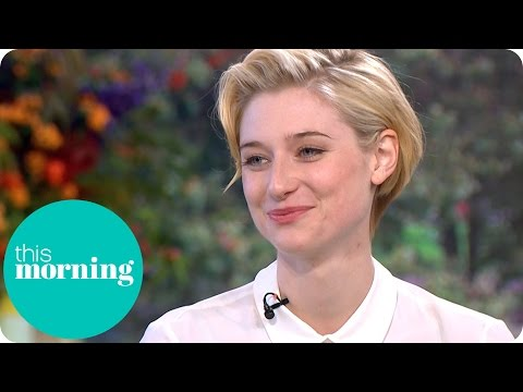 Thumbnail: Elizabeth Debicki On The Reaction To Tom Hiddleston's Bum | This Morning