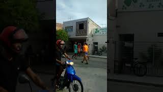 Jogo das 'raparigas é realizado na Rua Esperanto,em Juazeiro