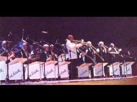 The Ted Heath Farewell Concert (2000) Tequila/When You're Smiling (Duncan Campbell)