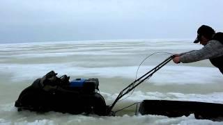 Пароход-райда. Через слуд на Рыбинке(http://galavl.ru/ - Рыбалка на Рыбинке Плывём на мотобуксировщике по Рыбинскому морю. Были места, где снежики по..., 2011-04-08T19:27:31.000Z)