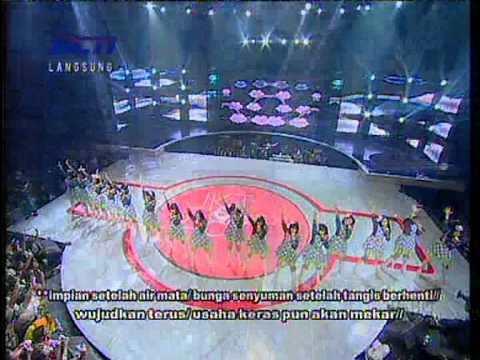 Mega Concert JKT48 - 17th July 2012 - Shonichi + Hissatsu Teleport (with Lyrics)