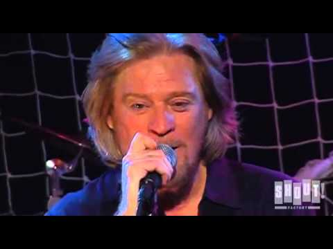 Hall and Oates - One on One - Live at the Troubadour 2008