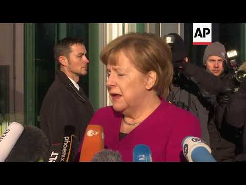 Merkel arrives for talks on new German government