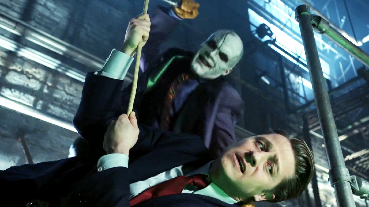 Download Gotham S05E12 - Batman saves Jim Gordon and his  daughter from Joker