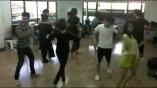 Repeat youtube video ซานิAF6 ซ้อมเต้นเพลงสุขกันเถอะเรา