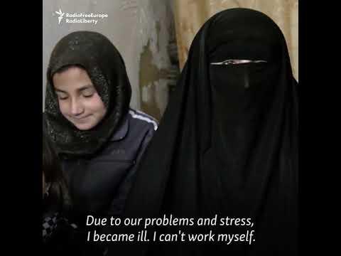 Kabul's Struggling Shoeshine Girl