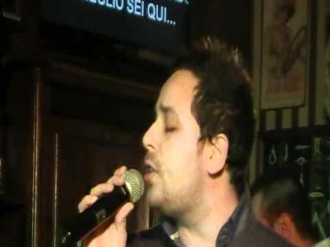 """Karaoke Match - Serata 6 - Stefano Zenobi canta """"Salutandoti affogo"""""""