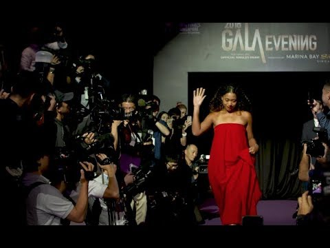WTA Finals stars dazzle on the red carpet, draw reaction and more!