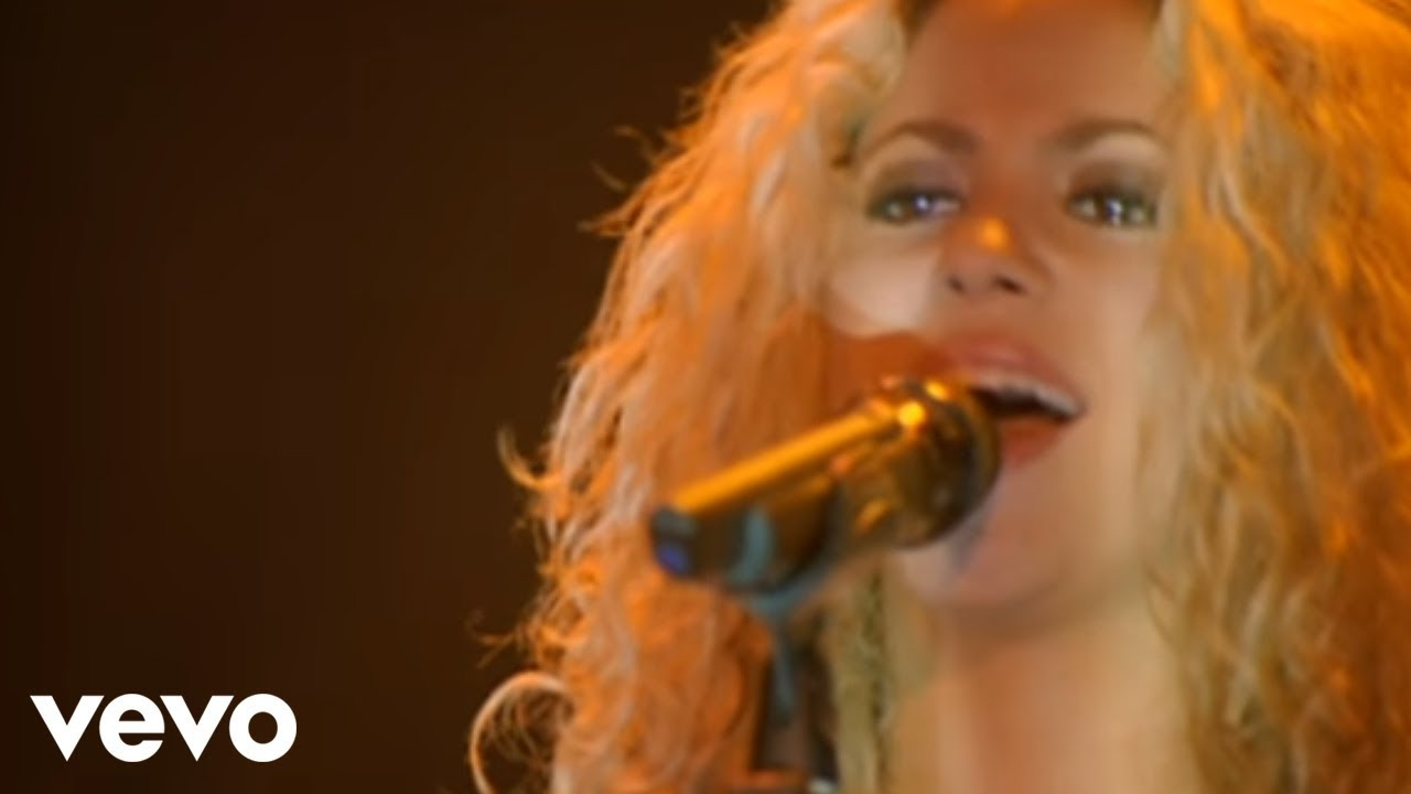 Download Shakira - Estoy Aquí (from Live & Off the Record)