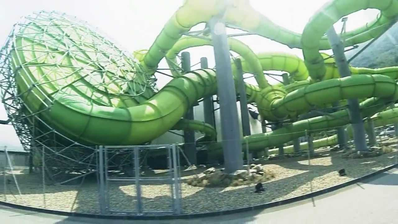 Splash e spa tamaro by 39 luxxiz youtube for Aqua piscine otterburn park