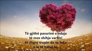 Gambar cover Elsa Lila - Pyes Lotin (Me Tekst Shqip/Anglisht) Lyrics English