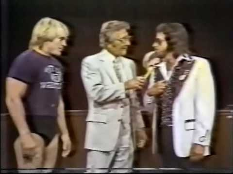 Jimmy Hart asks Steve Keirn to break his leg (1981) Classic Memphis Wrestling
