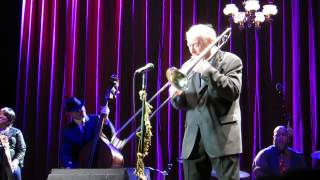 Hugh Laurie & Chris Barber - Buddy Bolden