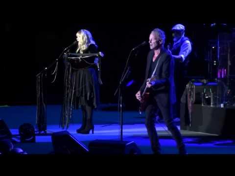 "Fleetwood Mac ""Sara"" @ Paris Bercy Oct 11 2013"