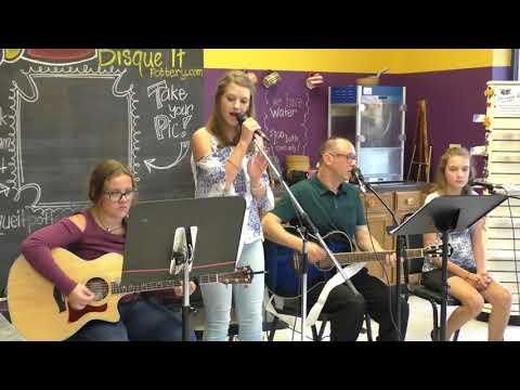 Maddy Urbahns-Flashlight-Hailee Steinfeld(Abby Kurcharski guitar)