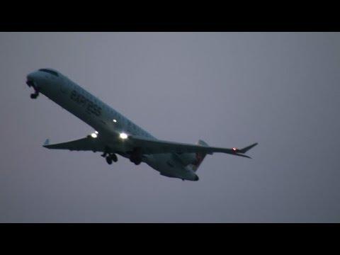 Air Canada Express CRJ-705ER Takeoff YUL