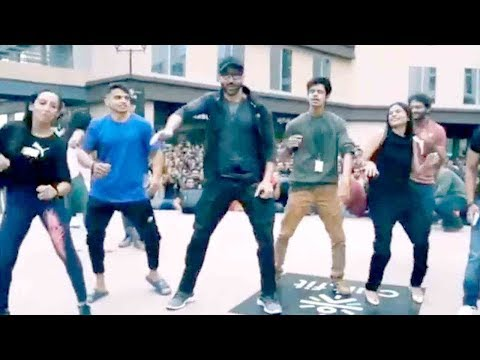 Hrithik Roshan's FAADU Dancing On Ghungroo Song Hook Step Frm WAR Movie Makes FANS go CRAZZY Mp3