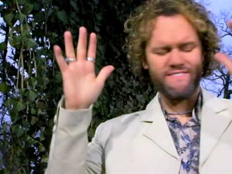 David Phelps - Arms Open Wide (Video)