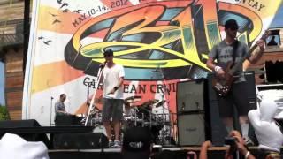 311 cruise Daisy Cutter island show