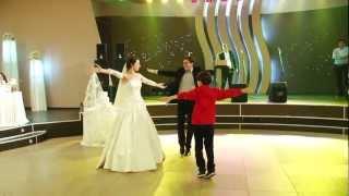 dzalian magari daisi ( грузинский танец )