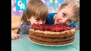 Торт из коржей готовим с детьми. Простой и вкусный рецепт.