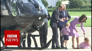 Princess pushes buttons on helicopter tour in Hamburg   BBC News