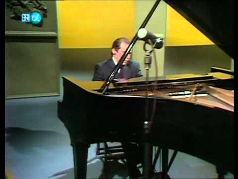 Glenn Gould - Beethoven - 6 Variations in F major Op. 34