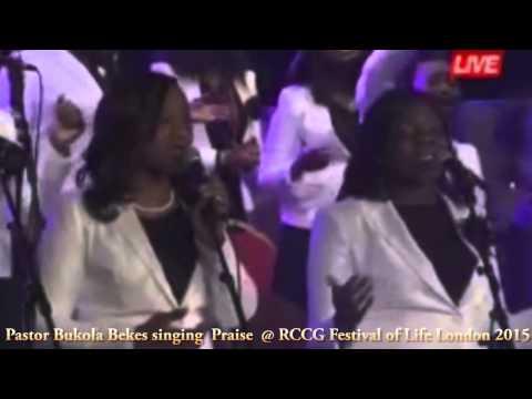 Sinach and Pastor Bukola Bekes live singing Praise @ RCCG Festival of Life London 2015 (Part 1)