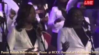 Sinach and Pastor Bukola Bekes live singing Praise @ RCCG Festival of Life London 2015 (Part 1)