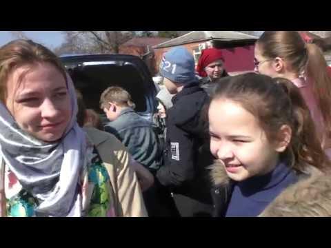 Голуби на Благовещение в Никольском храме Таганрога