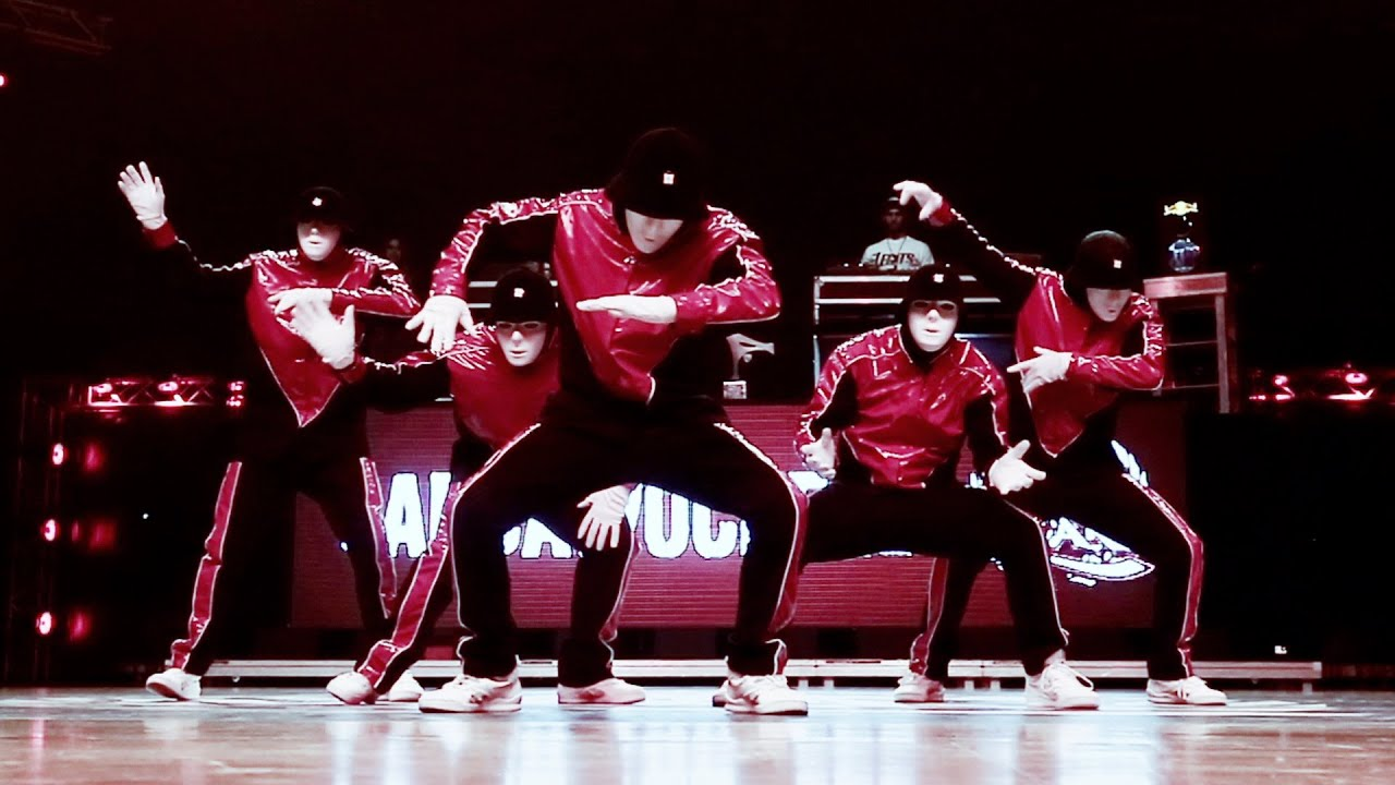 Jabbawockeez at Battle of the Year 2014 - YouTube