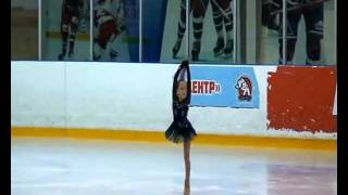 Краснова Анастасия 7 лет, фигурное катание.