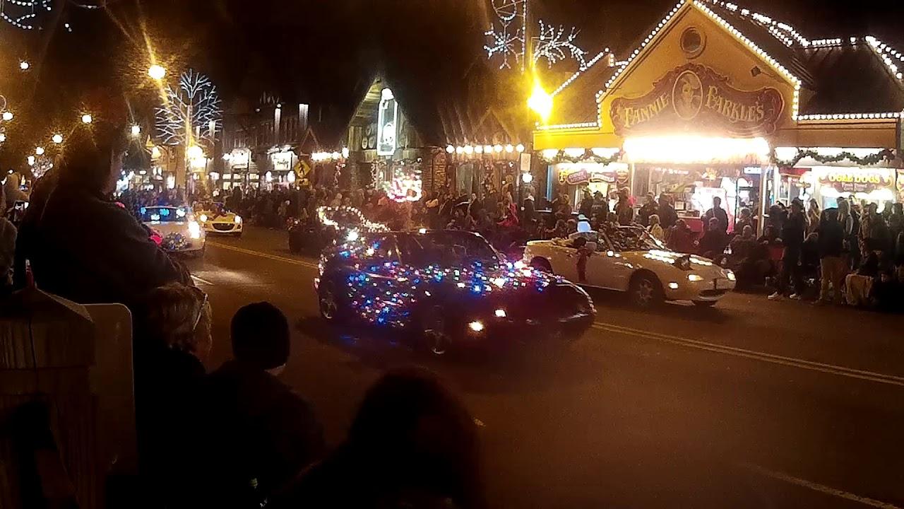 Gatlinburg Christmas.Gatlinburg Christmas Parade 2017 Part 4