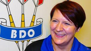 CHAMPIONS INTERVIEW - Lisa Ashton REACTS to WINNING the 2019 BDO World Trophy
