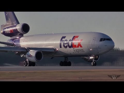Classic MD-10 Takeoff in HD!