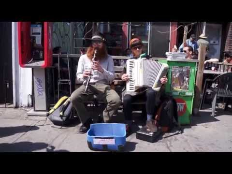 Reb Dovid'l performed by Kate & Rich - Live at Moonbeam Coffee