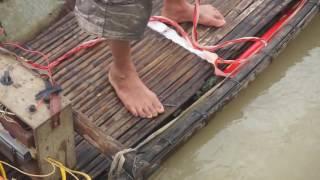 Lũ Lụt Miền Trung - Bình Định Thất Thủ : Nhà Tiến Xinh Trai Thất Thủ Luôn