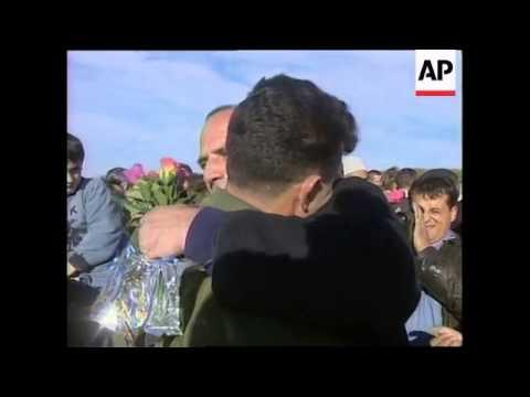 KOSOVO: KOSOVAR ALBANIANS RELEASED (V)